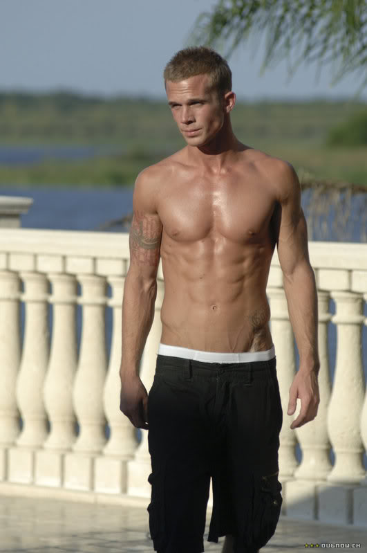 cam-gigandet-workout-never-back-down