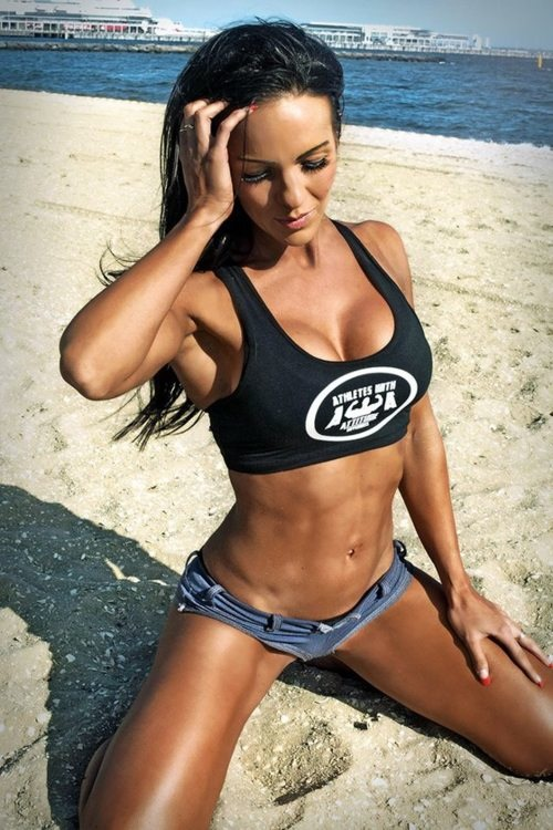 hot girls with muscles