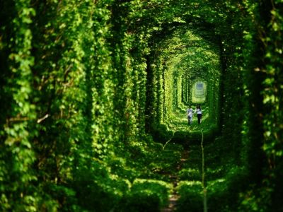 tunnel-of-love-ukraine - Copy