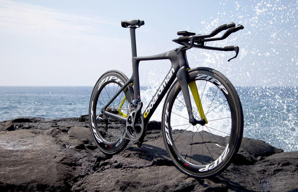 2014-Boardman-AiR-TTE-triathlon-race-bike01