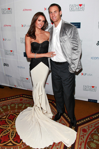 Katie+Cleary+5th+Annual+Fashion+Delivers+Gala+2HW9jK3EyHjl