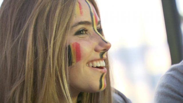 Teen-World-Cup-Fan-Axelle-Despiegelaere-Gets-Modeling-Deal-With-LOreal-After-Photos-Go-Viral19