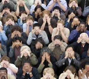 crowd-covering-eyes
