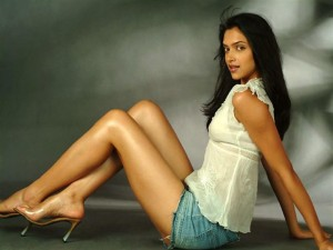 Deepika Padukone Hot photos (2)