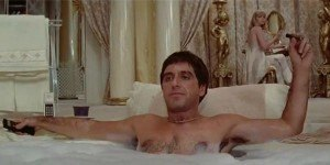 Tony-Montana-Bathtub-Scene