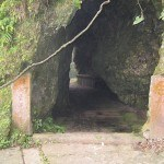Entrance to Lao Tzu's cave (3)