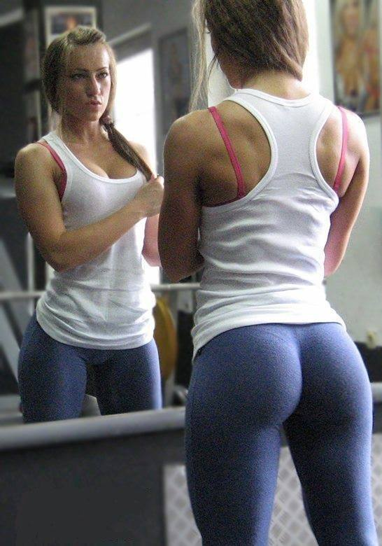 Hot-Girls-in-Yoga-Pants-24-2