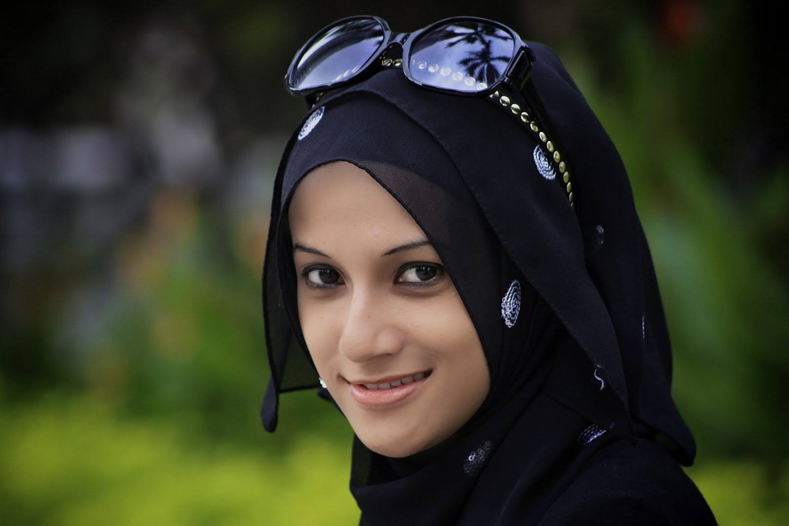 bitung muslim girl personals I am from middle east seeking for muslim ukrainian girl for marriage  thanks in advance.