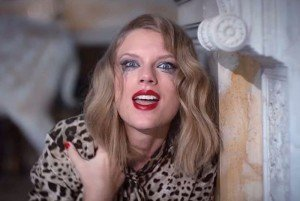 taylor-swift-crazy-eyes