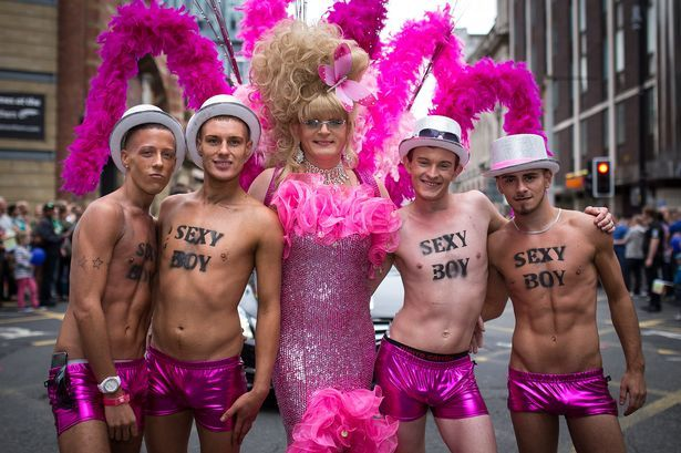 MEN_2013_Pride_Parade_Mcr_JGO_57