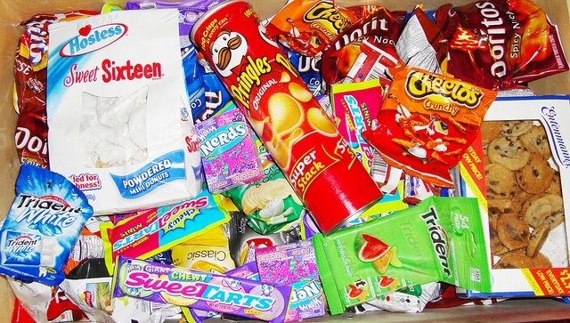 candies-candy-cookies-doritos-junk-food-Favim.com-117048