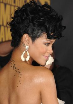 rihanna shitty haircut