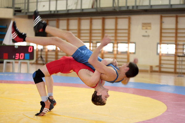 Example of a classic Olympic wrestling supplex