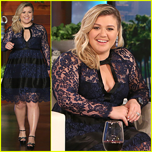 kelly-clarkson-opens-up-about-weight-criticism-on-ellen