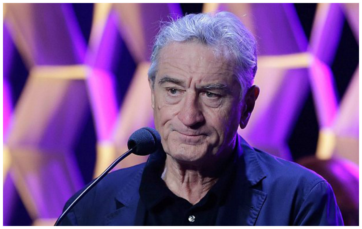 "Tribeca FF cofounder Robert De Niro has publicly regretted banning ""Vaxxed"" from the festival's lineup and says it's a movie people should see."