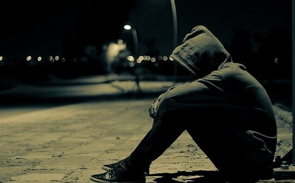 alone-boy-sad-broken-heart-lonely[1]