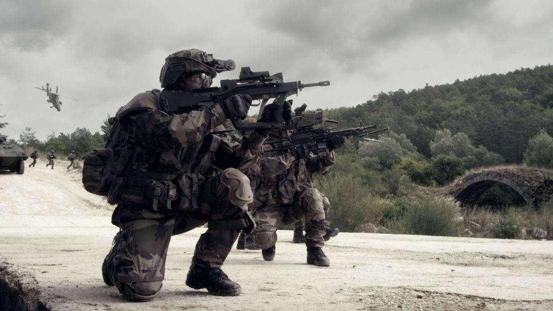 Go Army Wallpaper: French Writer Reveals That Army Is Planning To Recapture