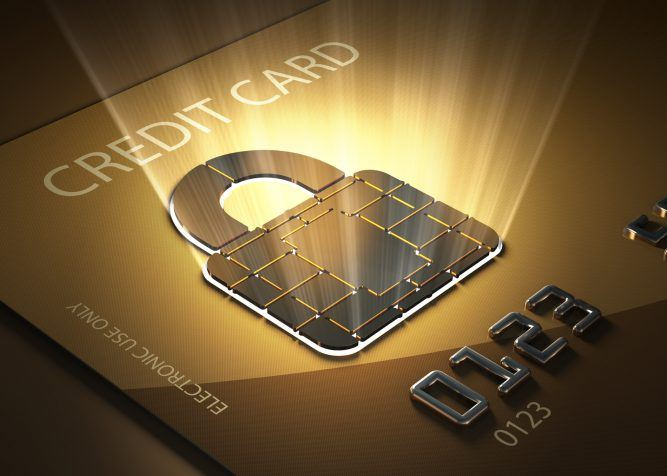 52329-combination-lock-with-a-credit-card