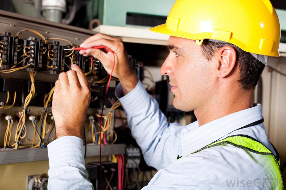 electrician-working-on-system1