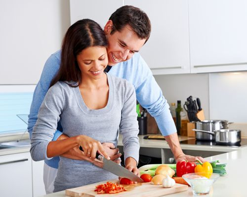 couple-her-with-knife
