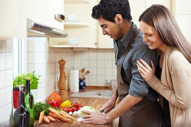 couples-cooking-2