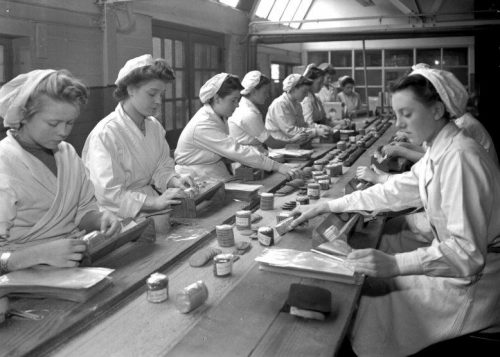 Women_at_Work_-_Wrights_Biscuits-e148954