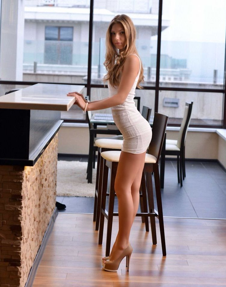 hot girl white dress